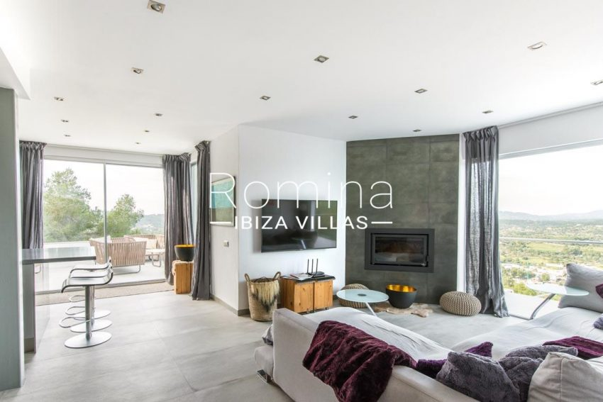 romina-ibiza-villas-rv-711-villa-baia-3living room fireplace