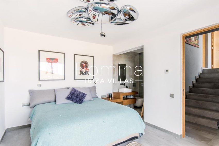 romina-ibiza-villas-rv-711-villa-baia-4bedroom3ter
