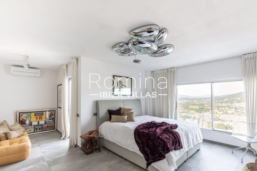 romina-ibiza-villas-rv-711-villa-baia-4bedroom4