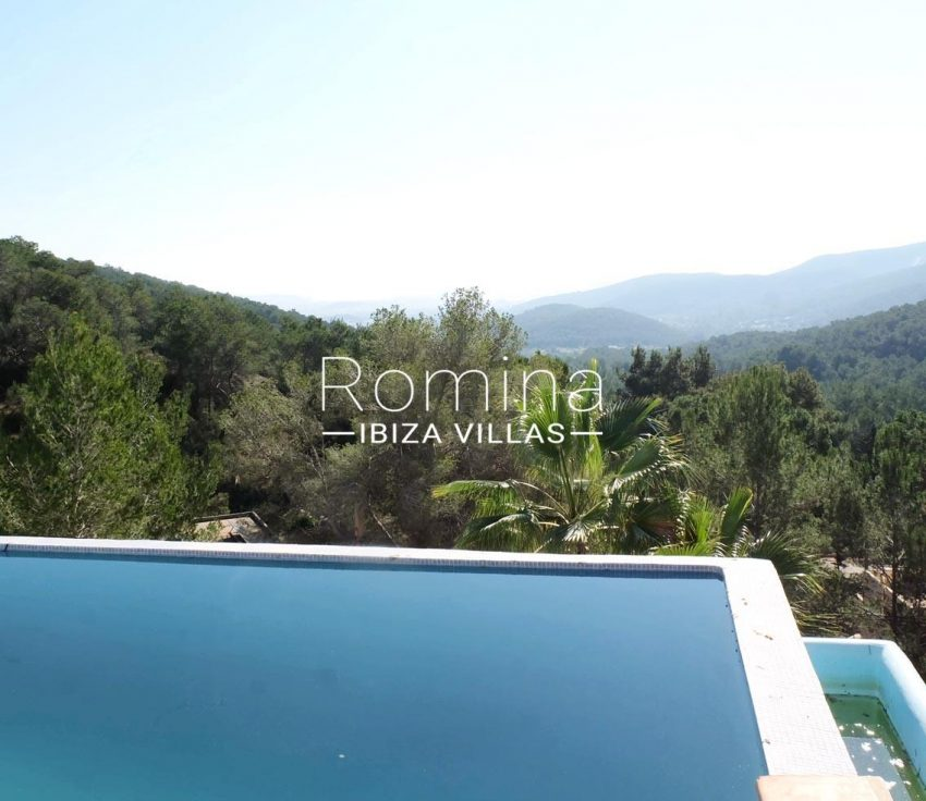 romina-ibiza-villas-rv-712-can-aster-1pool view hills2