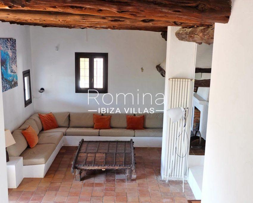 romina-ibiza-villas-rv-712-can-aster-3living room