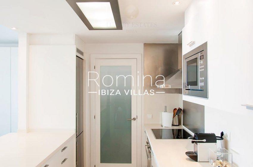 romina-ibiza-villas-rv-713- apto-miramar g-3zkitchen