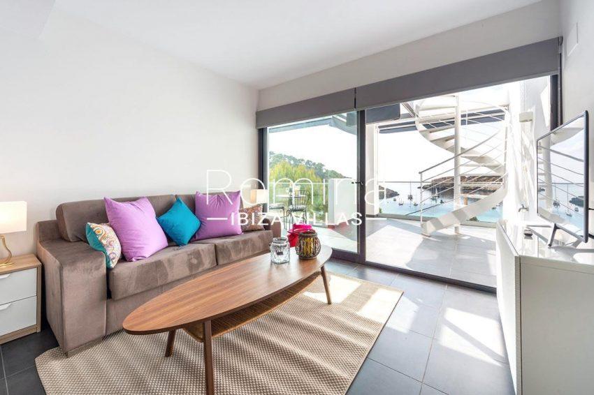 romina-ibiza-villas-rv-716-aticos-bay-3living room sea view
