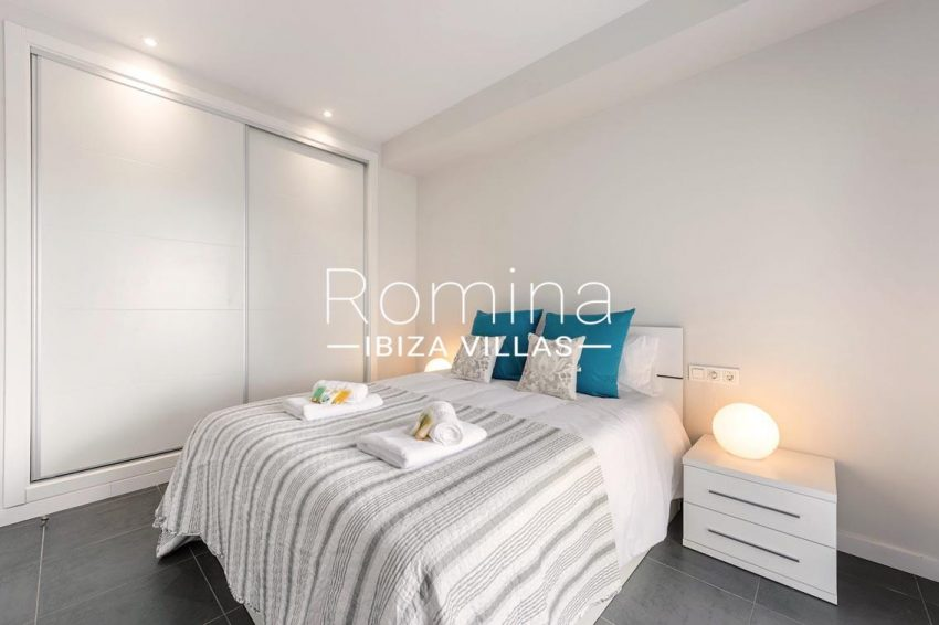 romina-ibiza-villas-rv-716-aticos-bay-4bedroom