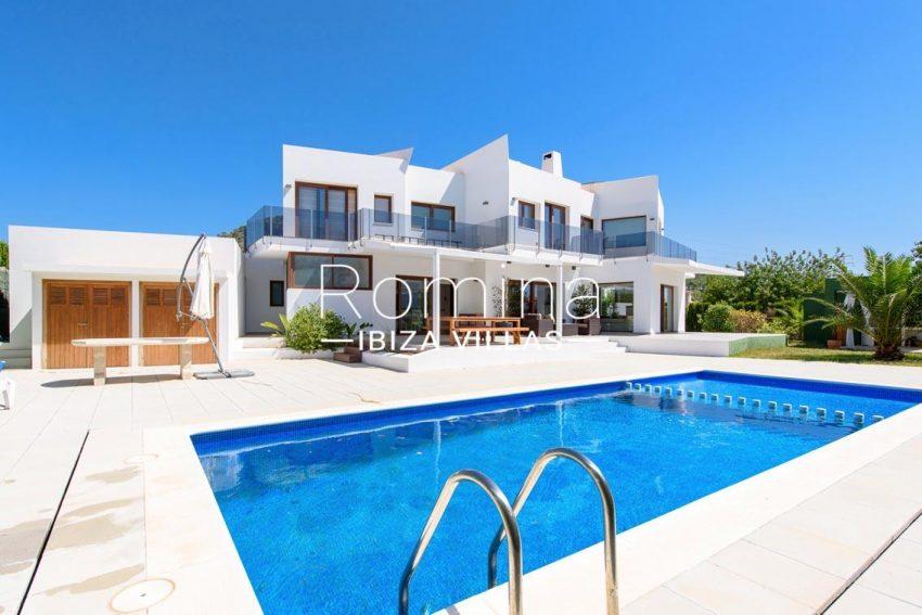 romina-ibiza-villas-rv699-villa margy-2pool facade3