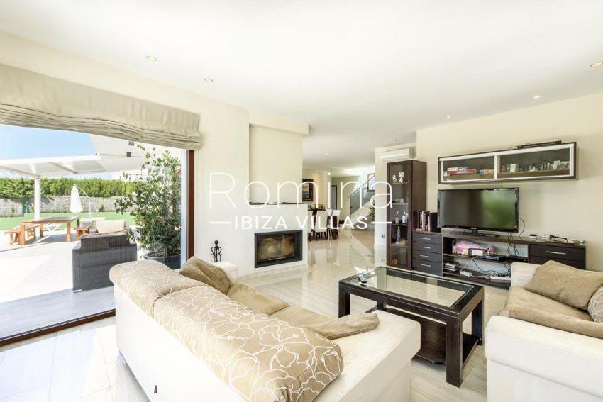 romina-ibiza-villas-rv699-villa margy-3living room