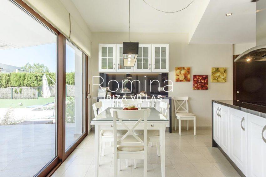romina-ibiza-villas-rv699-villa margy-3zkitchen dining area2