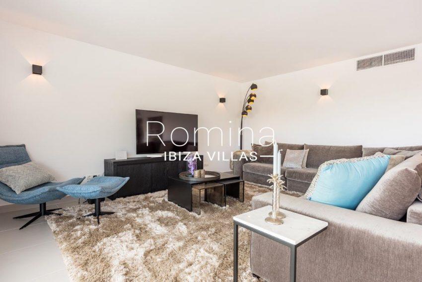 romina-ibiza-villas-rv700-atico nova-3living room tv