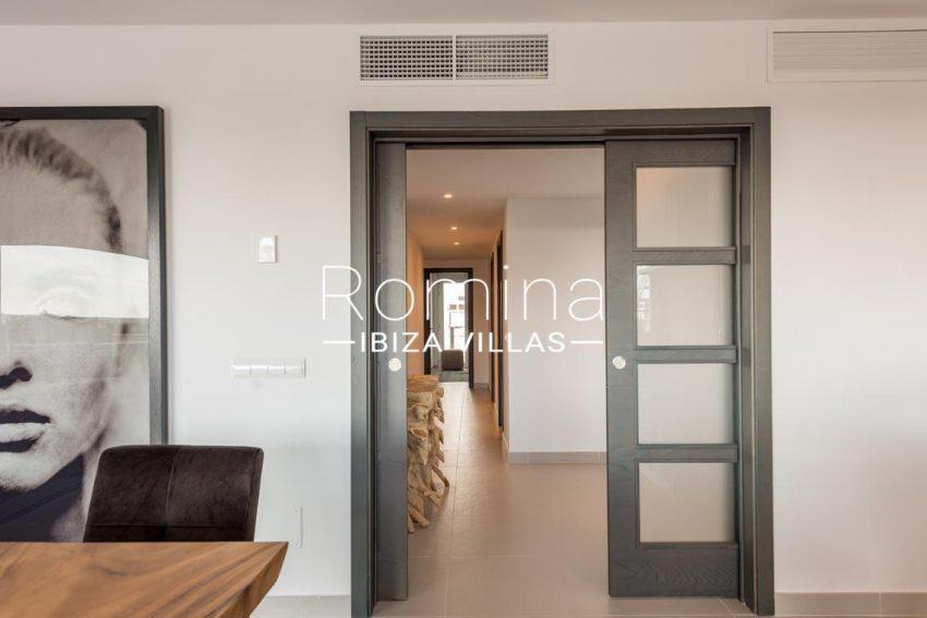 romina-ibiza-villas-rv700-atico nova-3zsliding doors entrance