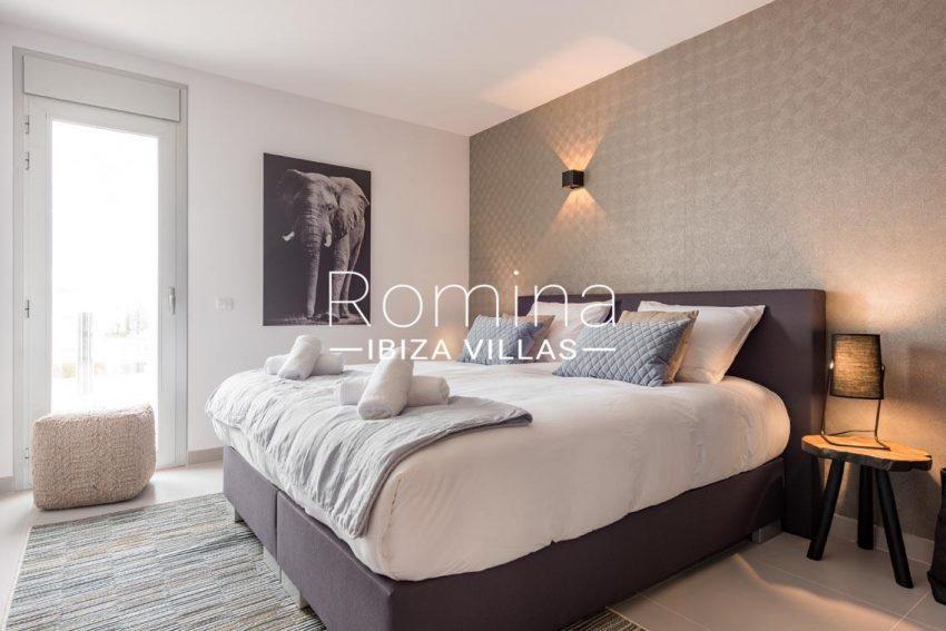 romina-ibiza-villas-rv700-atico nova-4bedroom3