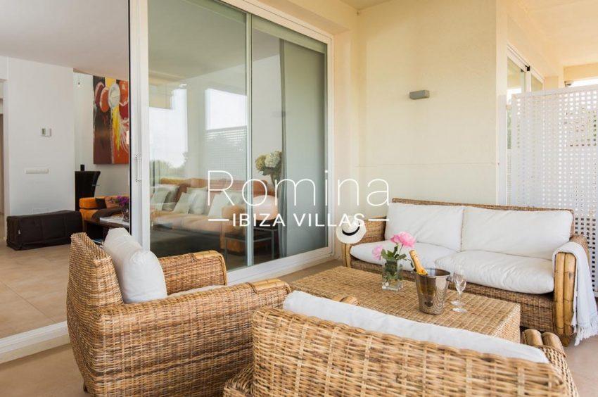 romina-ibiza-villas-rv701-adosado-bora-2covered terrace sitting area2