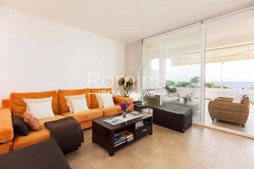 romina-ibiza-villas-rv701-adosado-bora-3living room sea view