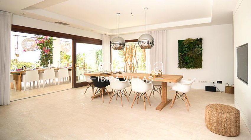 romina-ibiza-villas-rv707-villa-acacia-3zdining room