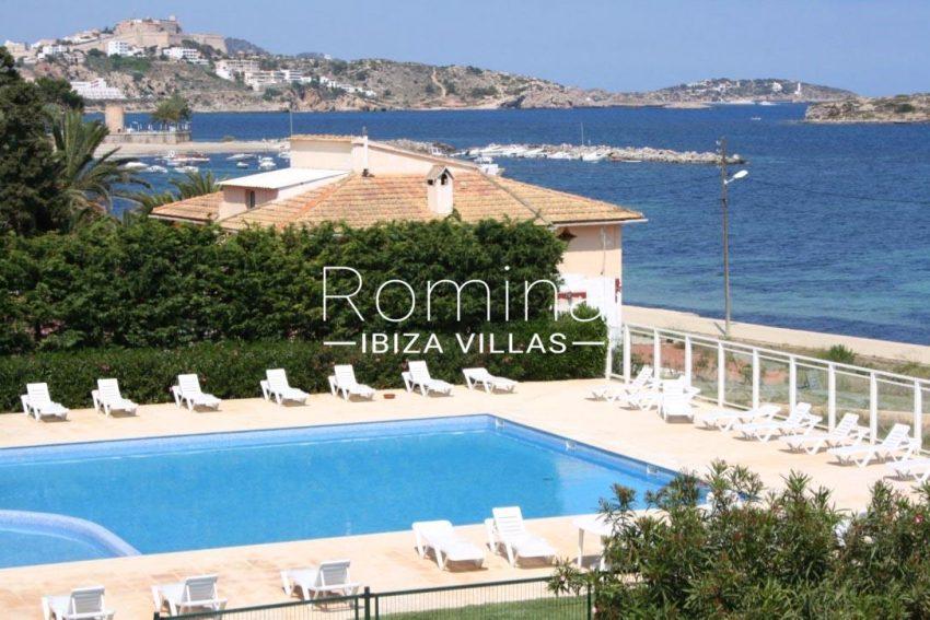 romina-ibiza-villas-rv709-apto-bossa-terraza-1pool sea view