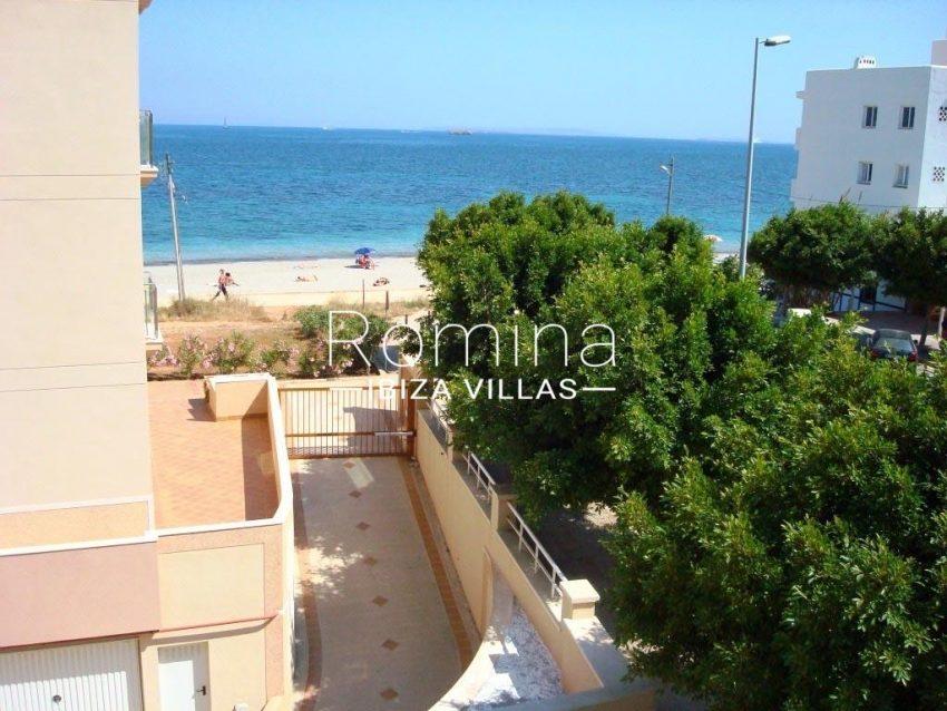 romina-ibiza-villas-rv709-apto-bossa-terraza-1sea view beach