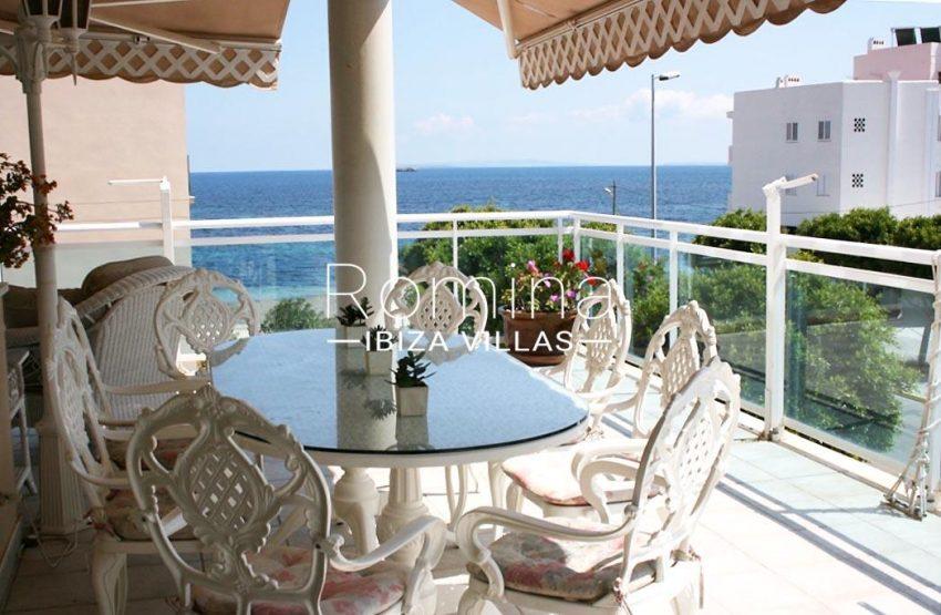 romina-ibiza-villas-rv709-apto-bossa-terraza-1terrace sea view