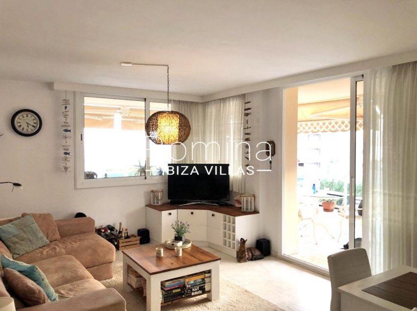 romina-ibiza-villas-rv709-apto-bossa-terraza-3living room