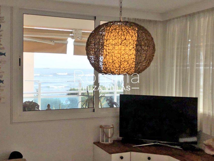romina-ibiza-villas-rv709-apto-bossa-terraza-3living room sea view