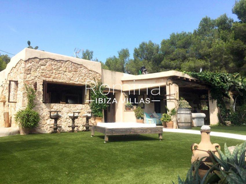 romina-ibiza-villas-rv714-casa-coll-2facade porch