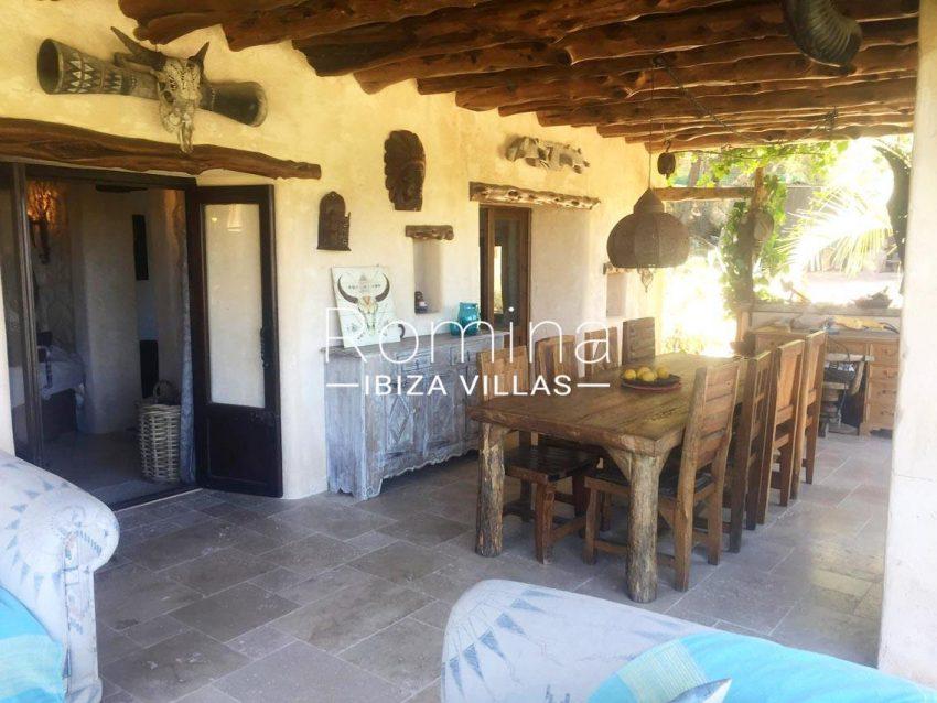 romina-ibiza-villas-rv714-casa-coll-2porche dining area2