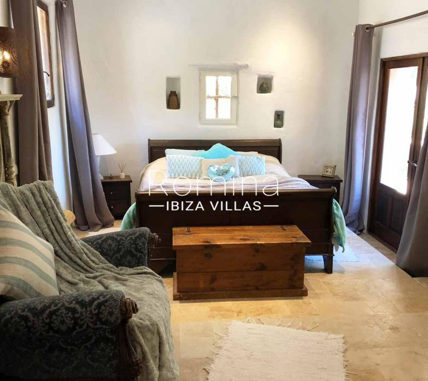 romina-ibiza-villas-rv714-casa-coll-4bedroom