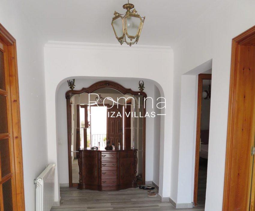 romina-ibiza-villas-rv720-casa-adelfa-3interior