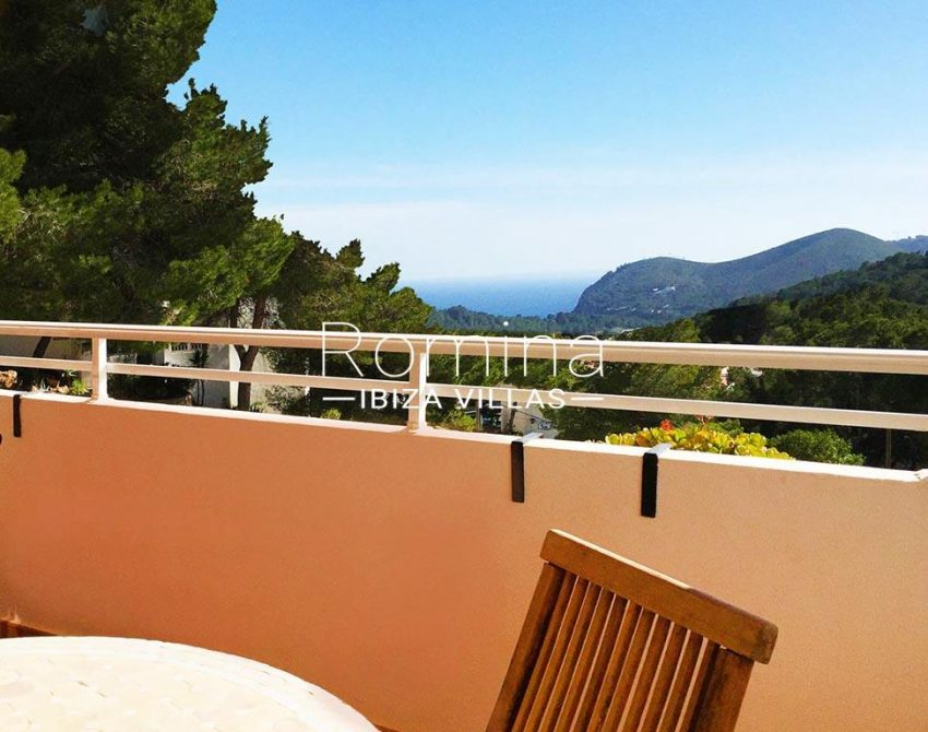 romina-ibiza-villas-rv724-apto-sol-1terrace sea view