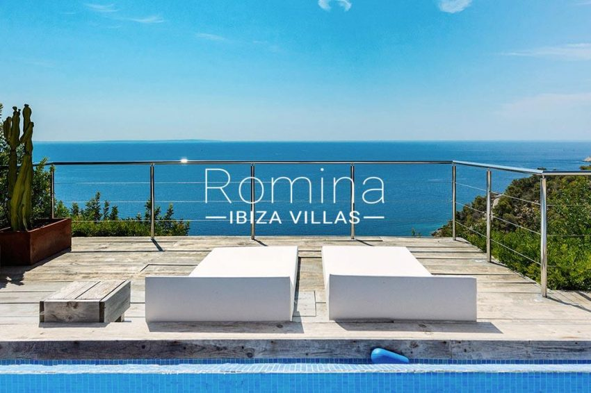 romina-ibiza-villas- rv85-can-ella-1pool sea view2