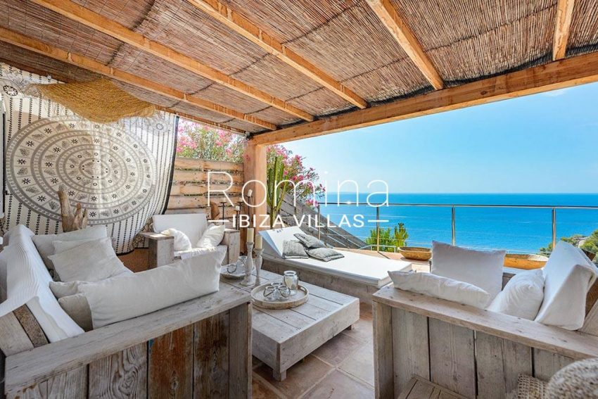 romina-ibiza-villas- rv85-can-ella-1terrace living ara sea view