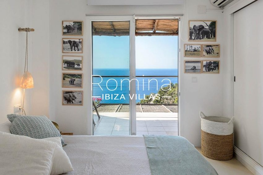 romina-ibiza-villas- rv85-can-ella-4bedroom sea view
