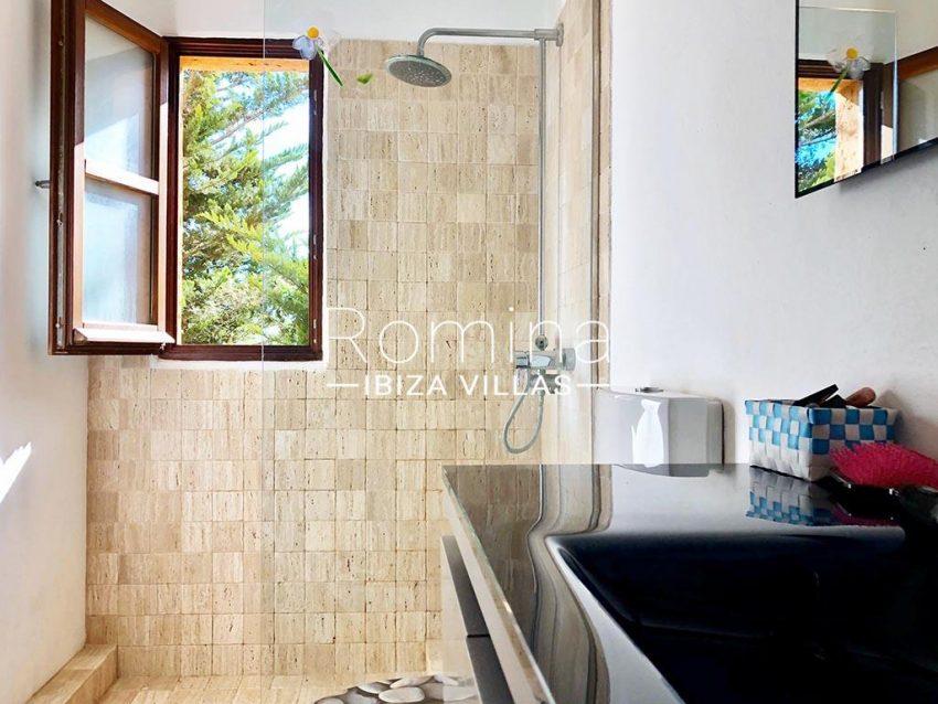 romina-ibiza-villas-rv-725-56-villa-zinia-5shower room
