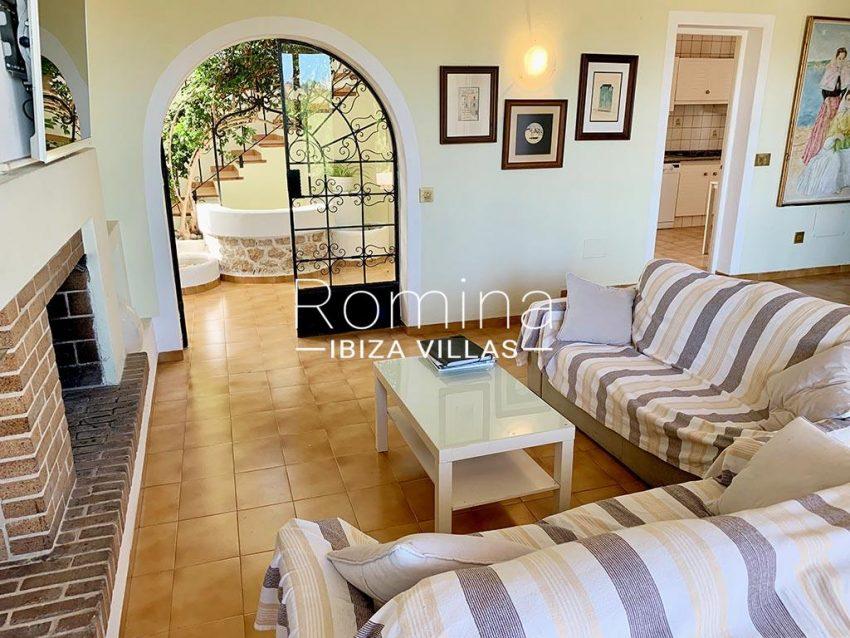 romina-ibiza-villas-rv-729-casa-lirio-3living room fireplace3