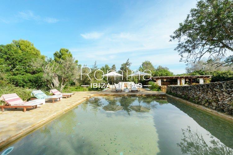 romina-ibiza-villas-rv-731-can-galia-2pool terrace