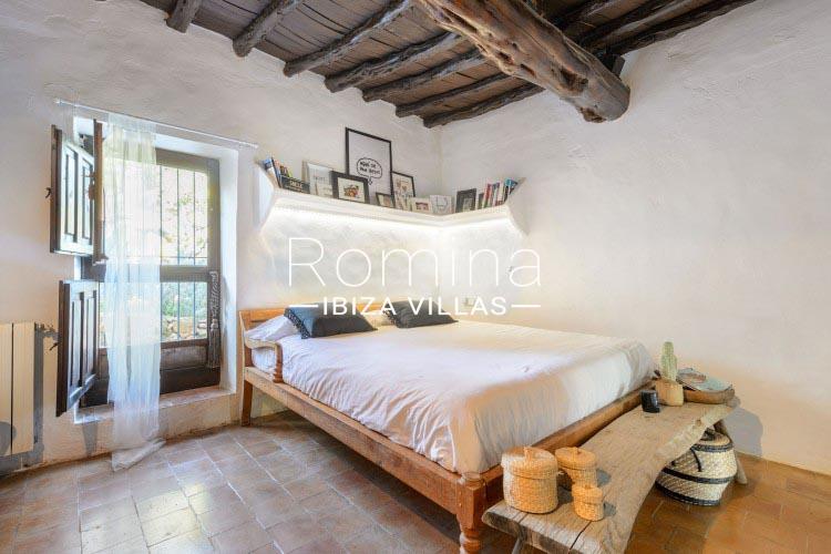 romina-ibiza-villas-rv-731-can-galia-4bedroom1