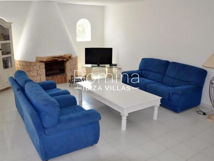romina-ibiza-villas-rv-732-can-sissi-3living room fireplace