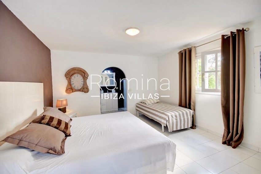 romina-ibiza-villas-rv-732-can-sissi-4bedroom1