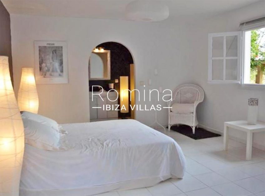 romina-ibiza-villas-rv-732-can-sissi-4bedroom2bis
