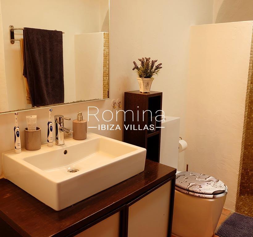 romina-ibiza-villas-rv725-villa-zinia-5shower room sink