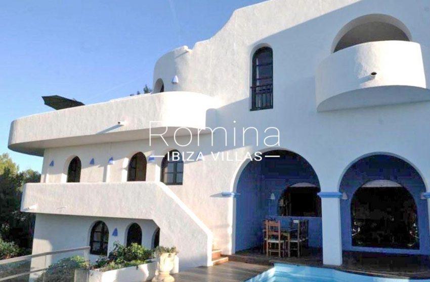 romina-ibiza-villas-casa-kala-rv-736-81-2facade porches