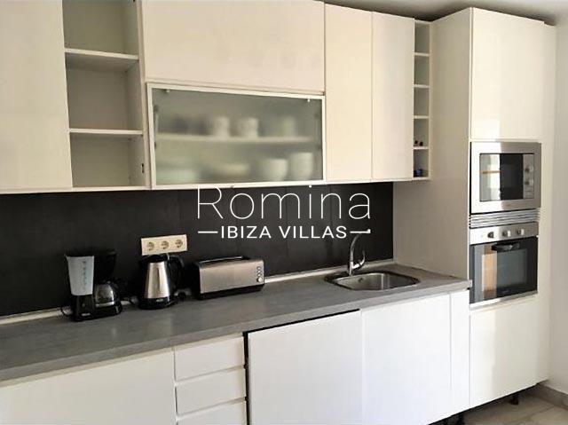 romina-ibiza-villas-rv-460-casa-lara-3zkitchen
