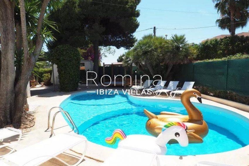 romina-ibiza-villas-rv-738-81-can-alegria-2pool terraces2