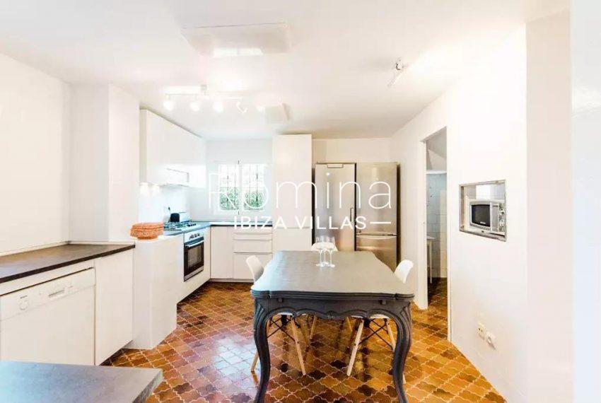 romina-ibiza-villas-rv-738-81-can-alegria-3zkitchen dining table