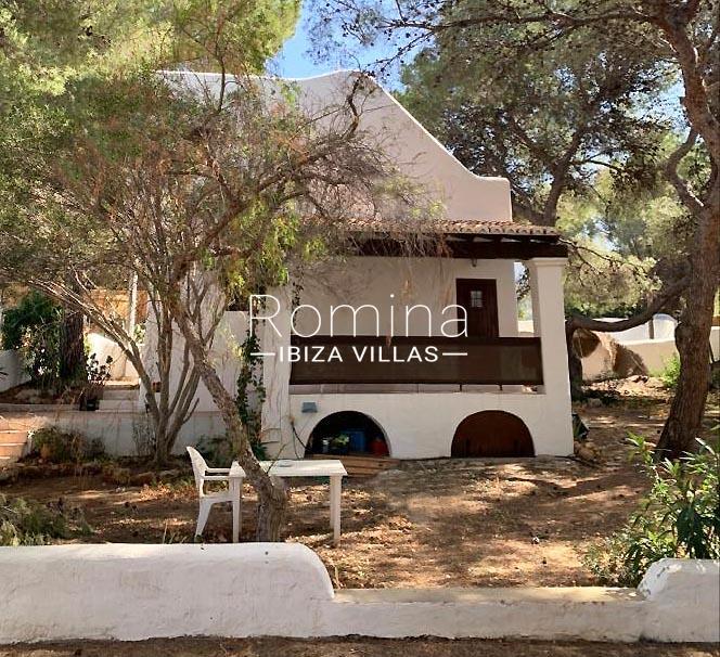 romina-ibiza-villas-rv-739-81-casa-olmo-2facade terrace