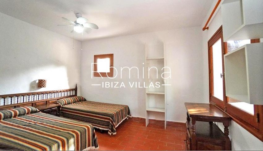 romina-ibiza-villas-rv-739-81-casa-olmo-4bedroom twin2