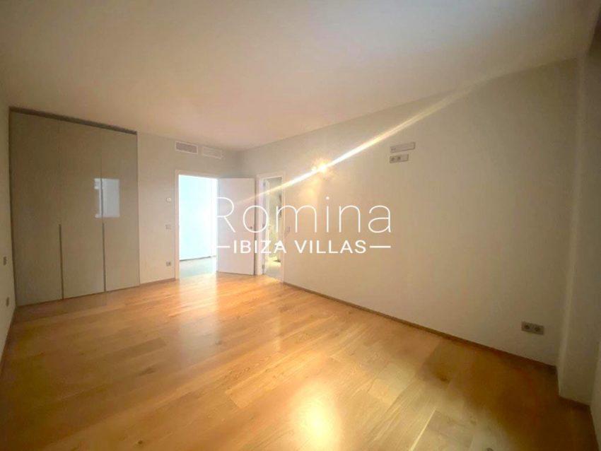 romina-ibiza-villas-rv-742-50-apto-cami-4bedroom3bis