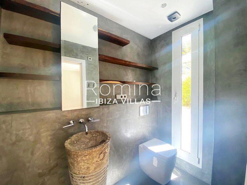 romina-ibiza-villas-rv-742-50-apto-cami-5shoer room1bis