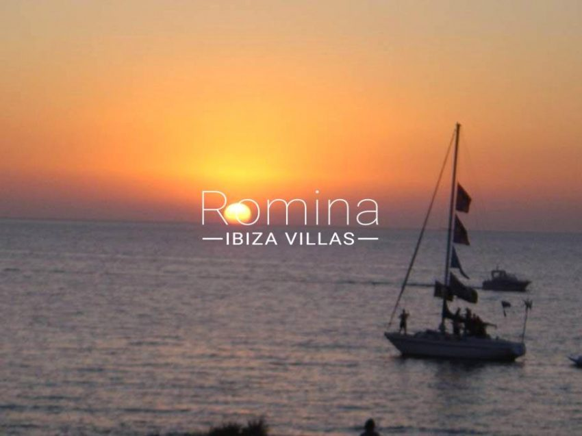romina-ibiza-villas-rv-743-01-apto-calita-1sunset