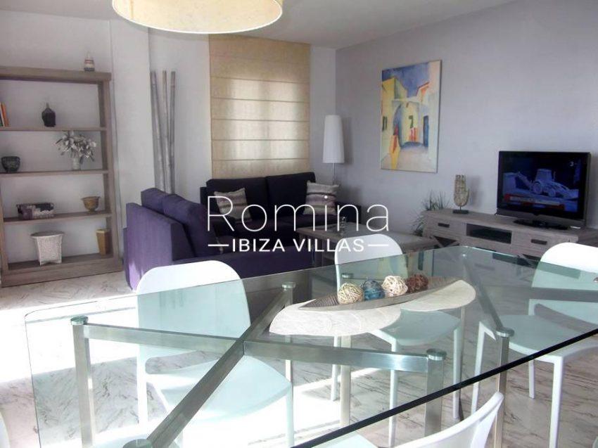 romina-ibiza-villas-rv-743-01-apto-calita-3zdining area