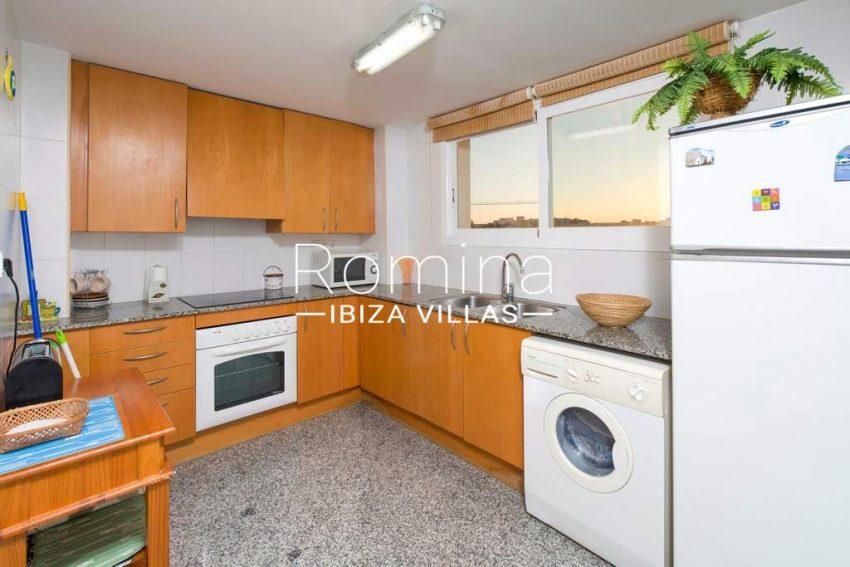 romina-ibiza-villas-rv-743-01-apto-calita-3zkitchen