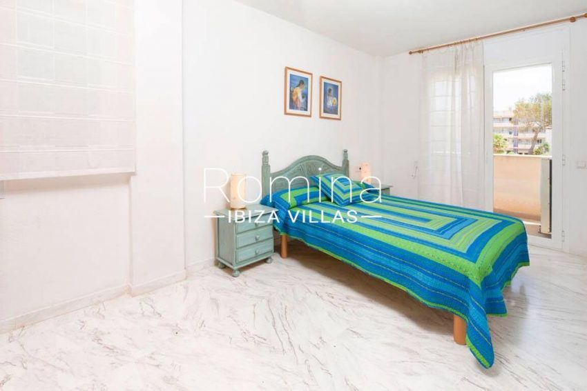 romina-ibiza-villas-rv-743-01-apto-calita-4bedroom1